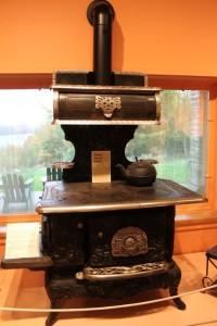 adirondack-museum_stove.JPG_By revwarheart - morguefile.com