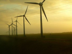 wind-energy-1333337-640x480 by Safrane01 - freeimages.com